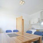 Ferienwohnung Herrenhaus EG Mönkebude Küchenzeile im Essbereich
