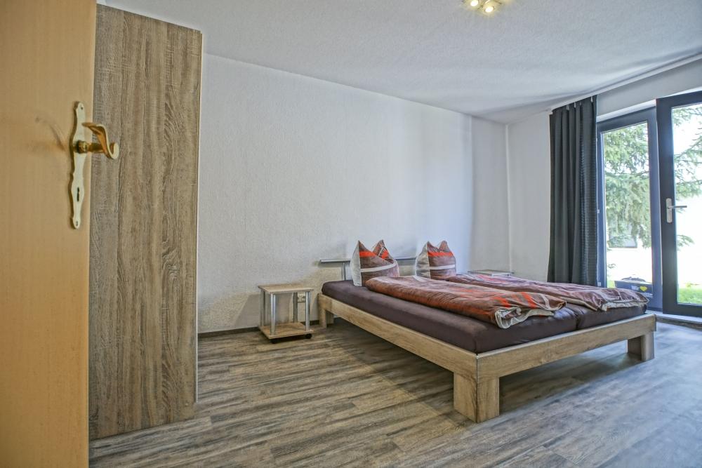 Ferienwohnung Herrenhaus EG Mönkebude Schlafzimmer 1